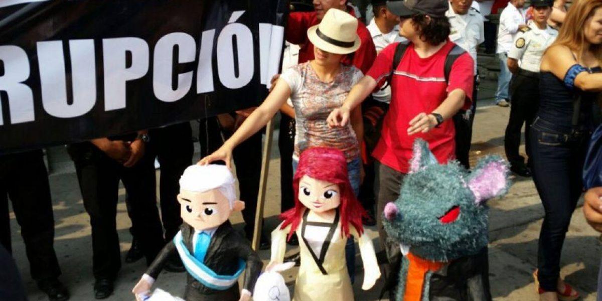 EN VIVO. Guatemaltecos se unen por la justicia en marcha #RenunciaYA
