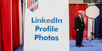 El 62% de los usuarios sigue a empresas con el objetivo de encontrar empleo. Foto:Getty Images