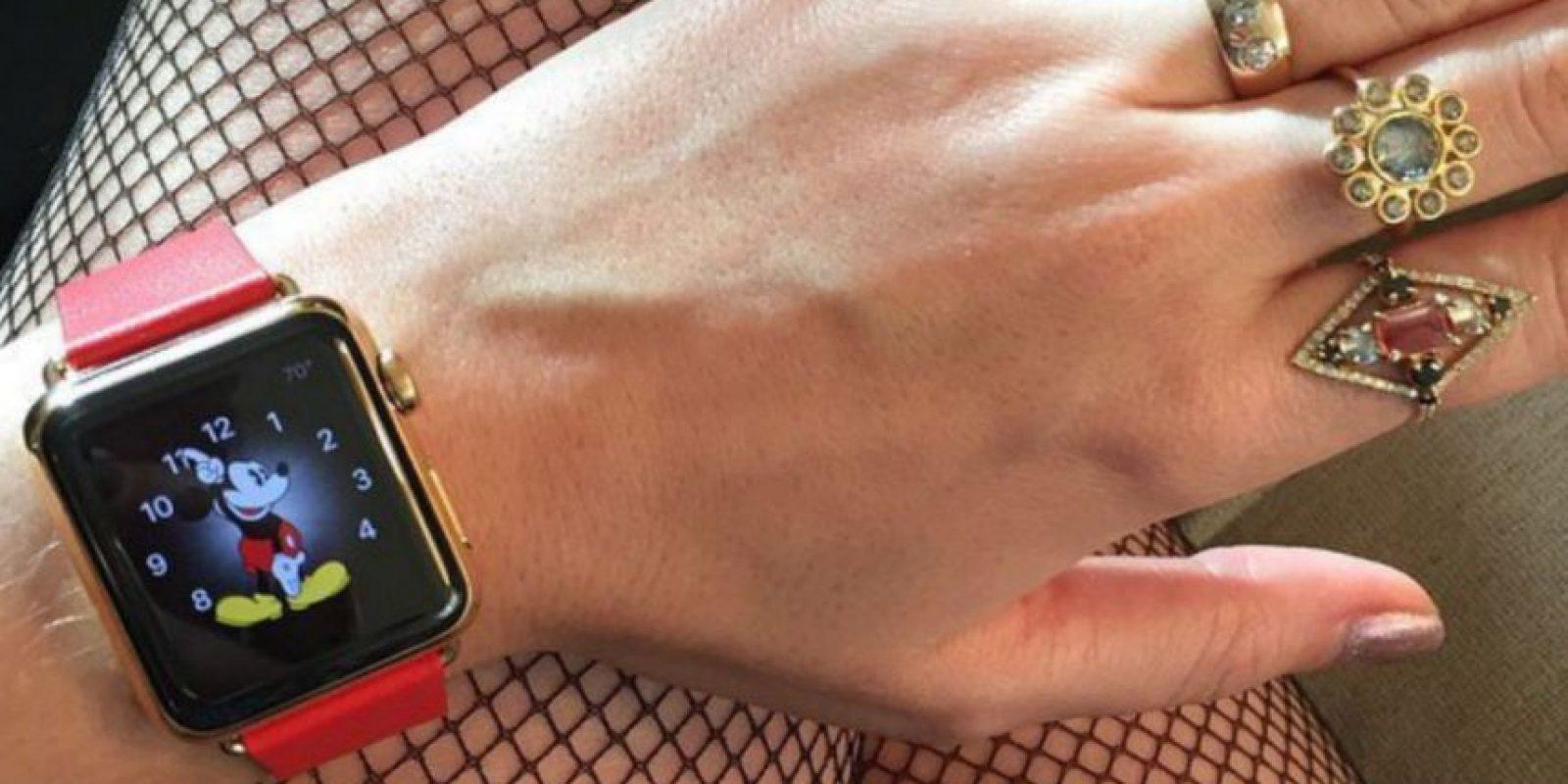 La cantante Katy Perry fue de las primeras en mostrar el Apple Watch antes de su preventa. Foto:instagram.com/katyperry/