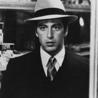 """Interpretó a """"Michael Corleone"""", es hijo de """"Don Vito Corleone"""" uno de los mafiosos más poderosos de Nueva York, en los años 40. Foto:IMDB"""