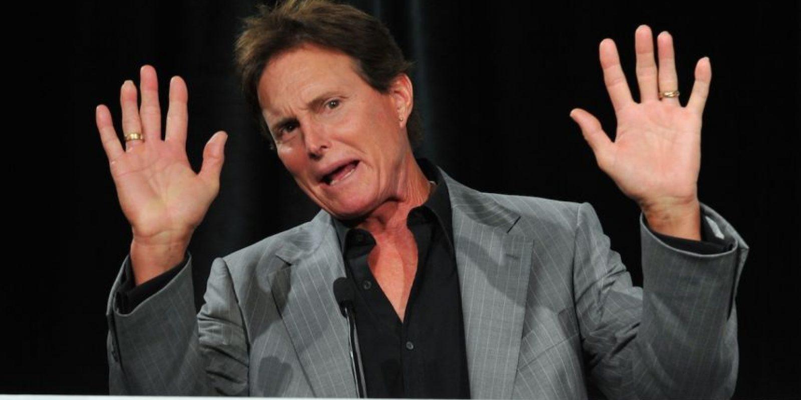 """9.- """"Simplemente no puedo ocultarlo más. Bruce vive una mentira. Ella no es una mentira"""". Foto:Getty Images"""