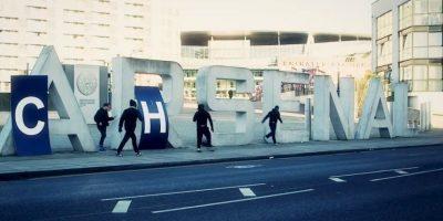 """Esta se ha hecho más grandes desde principio de los años 2000, cuando los """"Blues"""" ganaron protagonismo en la Premier y Europa gracias a la llegada del multimillonario ruso Roman Abramovich como dueño. Foto:Vía Youtube.com/ChelseaFansChannel"""