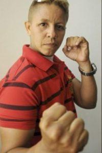 Dos asaltantes se acercaron a la boxeadora colombiana Darys Pardo cuando caminaba por su ciudad Natal, Barranquilla. Foto:vía Twitter