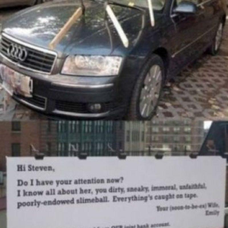 Ella puso esto en plena calle. Foto:vía Facebook