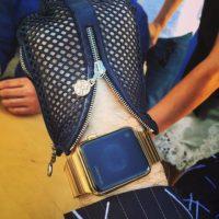 Karl Lagerfeld, uno de los diseñadores de moda más influyentes de la segunda mitad del siglo XX, también tiene su Apple Watch. Foto:instagram.com/bentoub/