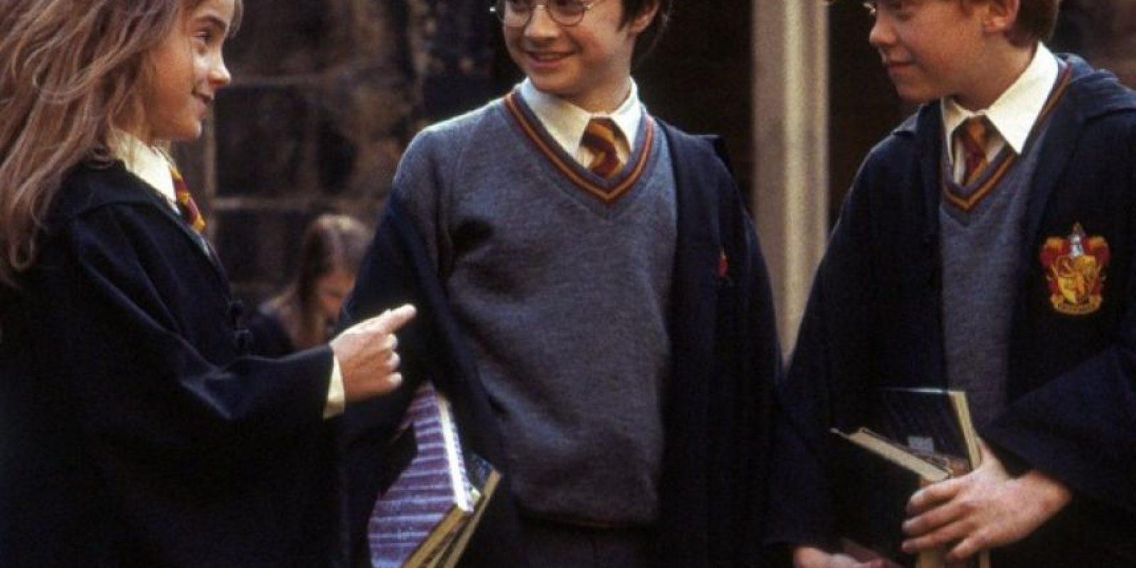 """""""Hermione"""" regresó a la escuela para completar su séptimo año de estudios y graduarse. Foto:Vía Facebook.com/harrypottermovie"""