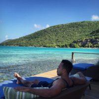 Es divorciado. Se casó a los 19 con una puertorriqueña llamada Samantha Medina. De esa relación tiene un hijo llamado Alex Damián Santos. Foto:Vía instagram.com/romeosantos