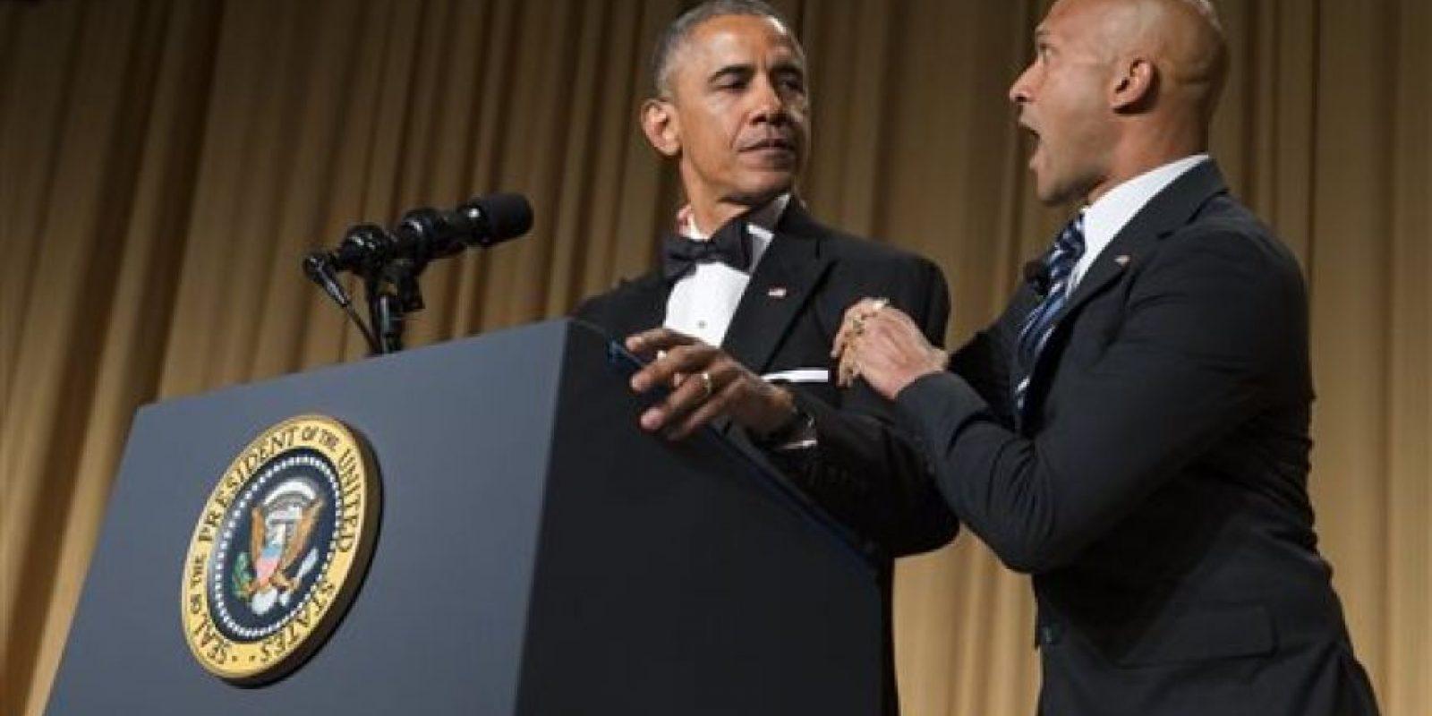 """Acompañado de su """"traductor de ira"""", el comediante Keegan Michael Key, Obama se despachó a gusto en la Cena Anual de Corresponsales, donde habló de los logros y retos de su mandato en un tono bastante ácido. Foto:vía AP"""