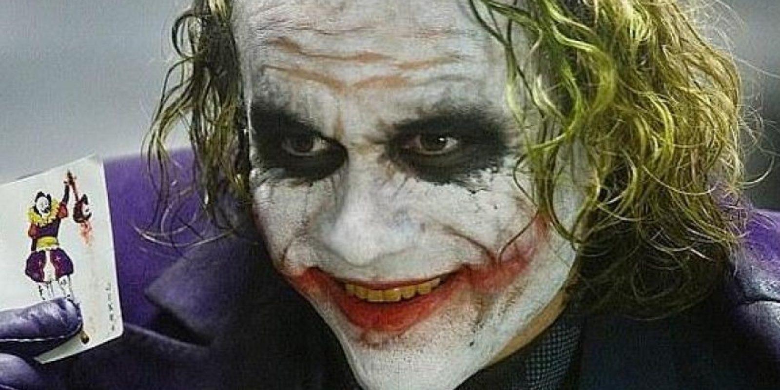 """Heath Ledger ganó el Oscar por """"Mejor Actor de Reparto"""" por la cinta """"The Dark Knight"""", en la que interpretó al personaje, en 2008. El actor murió antes de que se estrenase la película. Foto:Warner Bros."""