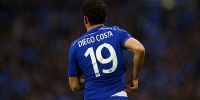 Durante varios años, Chelsea sufrió por no tener un delantero eficaz en el área… ya no. A Diego Costa no le costó mucho adaptarse a la Premier League y donde marcó 19 anotaciones y si su cuenta goleadora no aumentó fue por una lesión que lo sacó de circulación el pasado 4 de abril. Foto:Getty Images