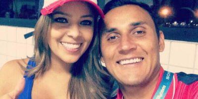 Andrea Salas comenzó a llamar la atención de la prensa cuando acudió al Mundial de Brasil a apoyar a su esposo, arquero titular de la selección de Costa Rica. Foto:Vía twitter.com/andreasalasb