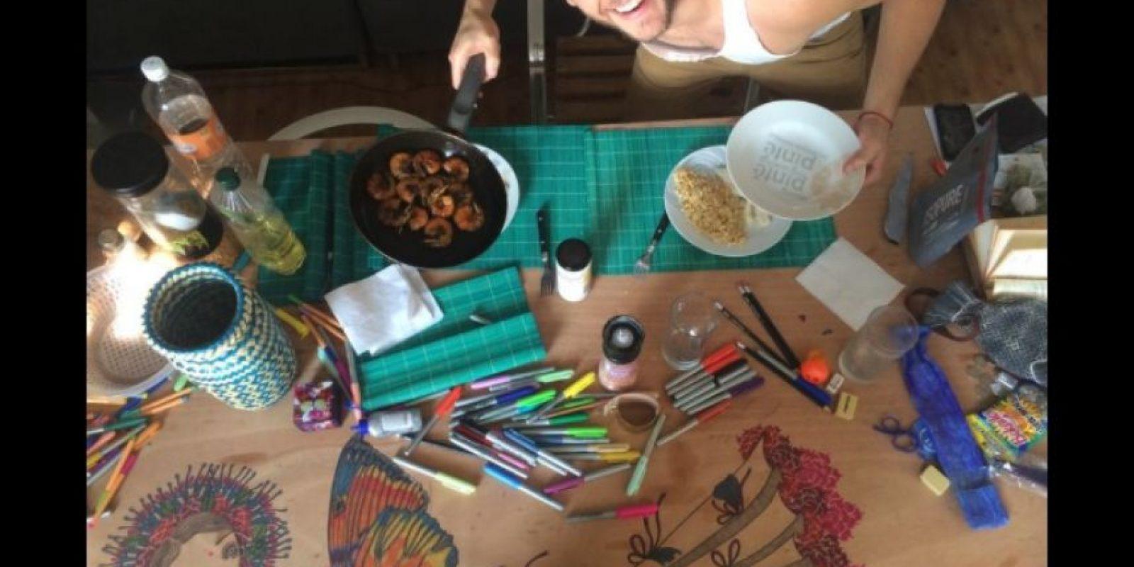 Según sus últimas publicaciones en Twitter, el actor se preparó para viajar a Colombia. Foto:Vía Twitter.com/christopheruck