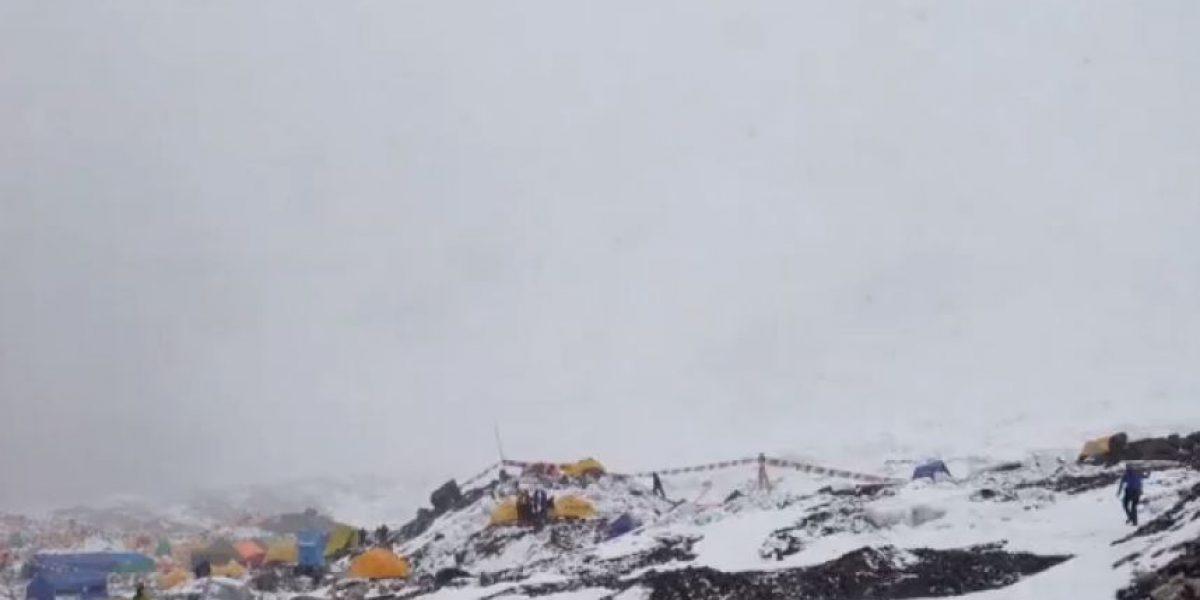 Video. La avalancha fue grabada por los alpinistas en el Éverest