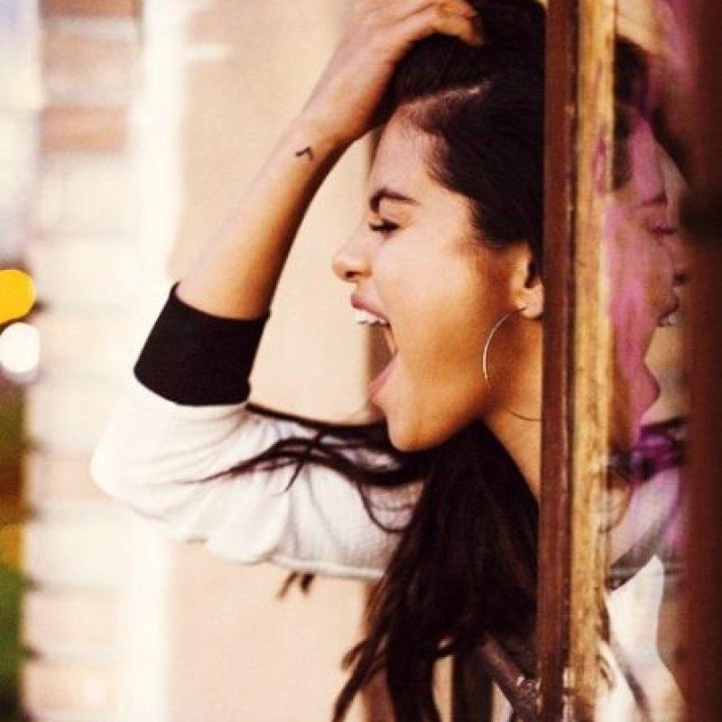 """En una entrevista con la revista """"Teen"""", la cantante explicó que sus compañeros de escuela la molestaban por aparecer en la serie """"Barney"""". Foto:Vía instagram.com/selenagomez"""