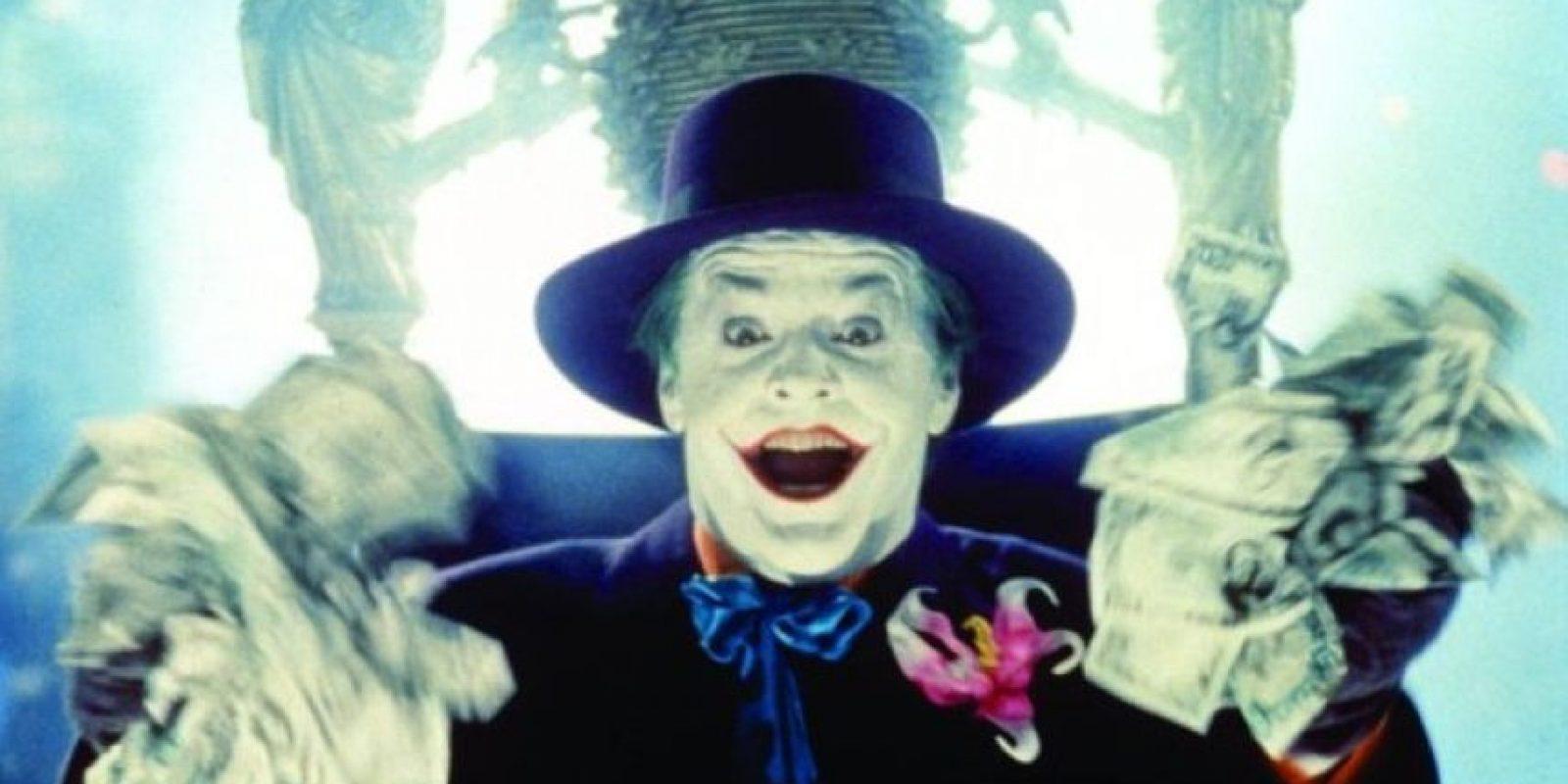 """Situación que lo atormenta y da como resultado una nueva personalidad, que es llamada """"The Joker"""" Foto:IMDb"""