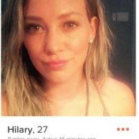 Hilary Duff esta utilizado Tinder y esta en busca de alguien con quien comer pizza. Foto:Tinder/HilaryDuff