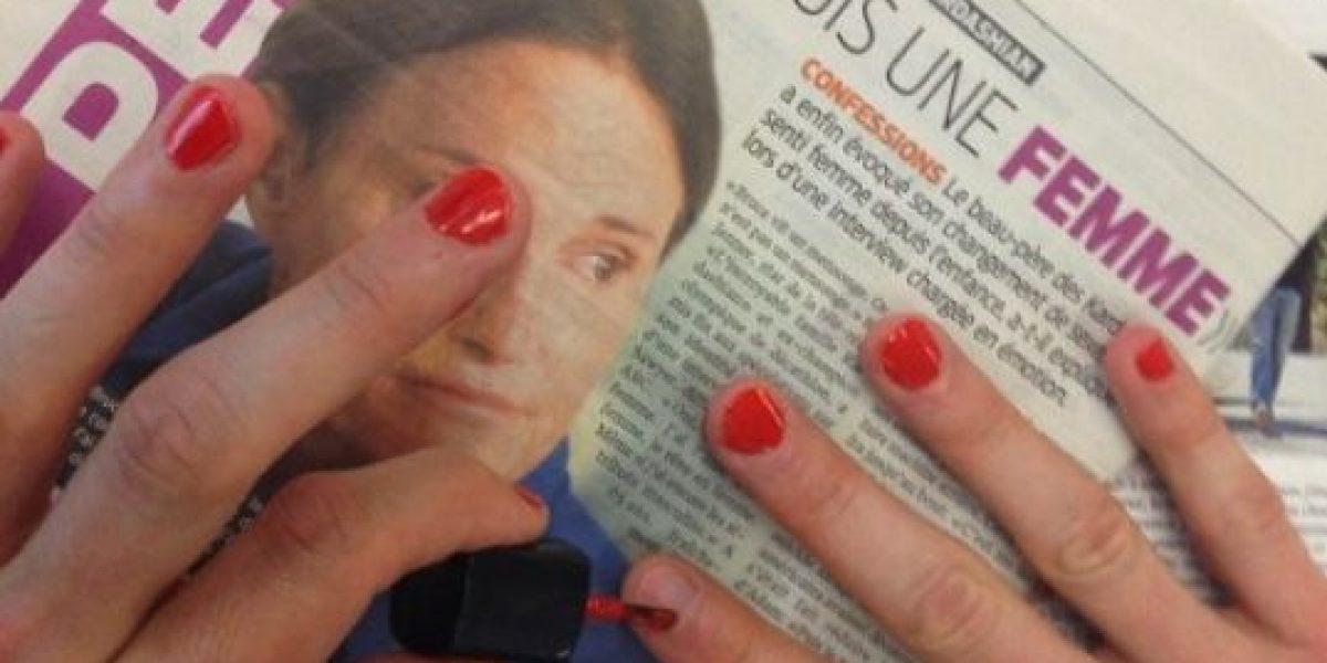 Hombres se pintan las uñas y lo presumen en las redes como apoyo a Bruce Jenner