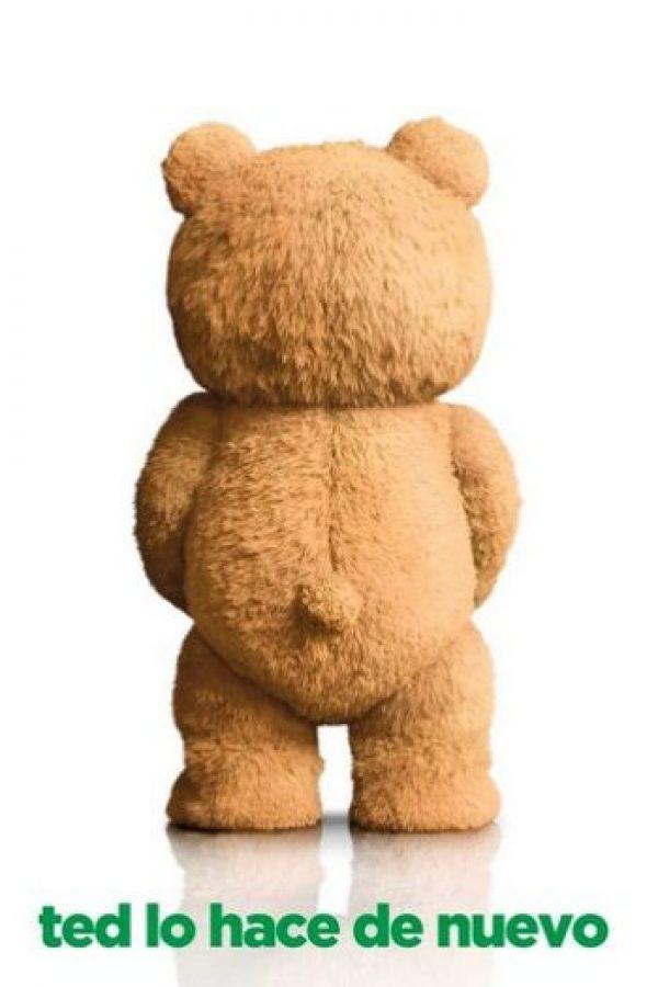 Ted vuelve a hacer de las suyas junto a su mejor amigo John Foto:Facebook/Ted