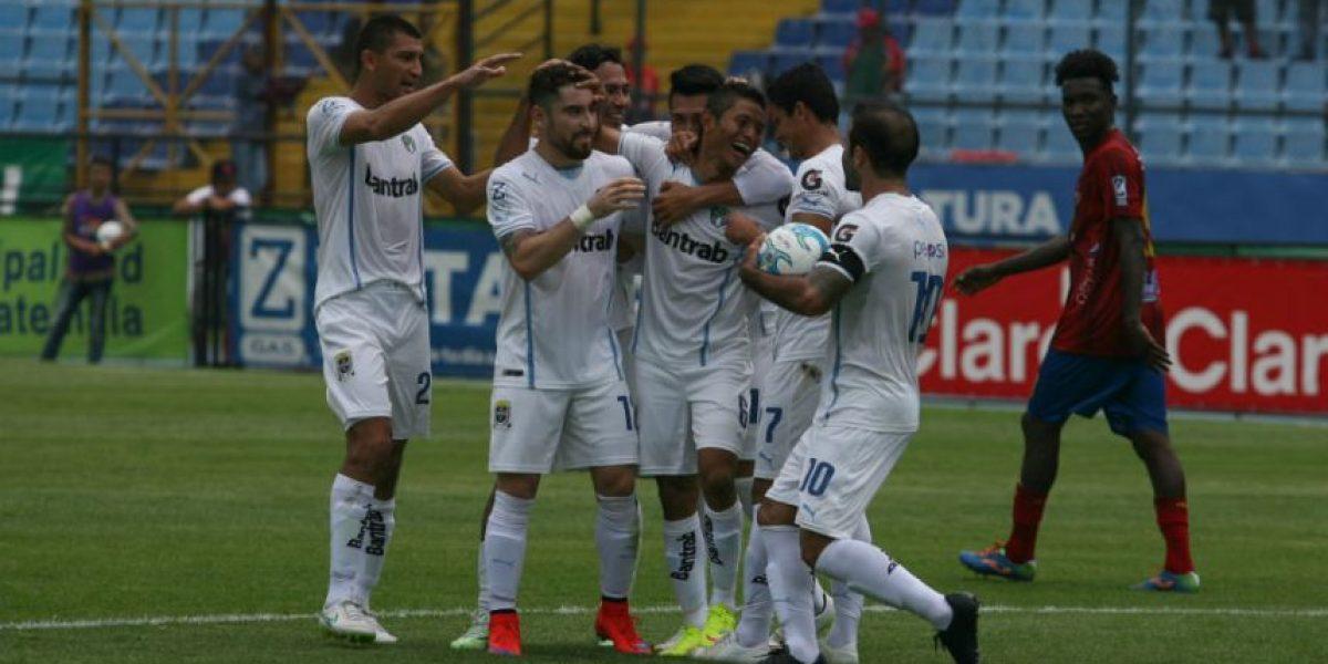 Comunicaciones avanza a las semifinales y Coatepeque desciende