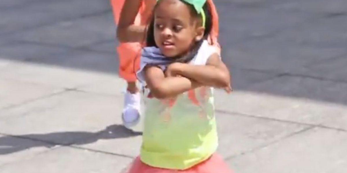 VIDEO: ¡Tiene talento! Niña se vuelve viral luego de mostrar su baile