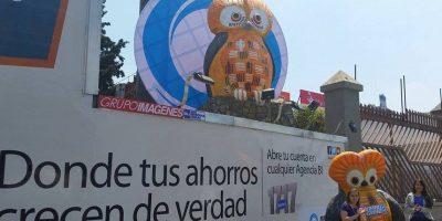 GALERÍA. Realizan homenaje al símbolo del ahorro en icónico monumento