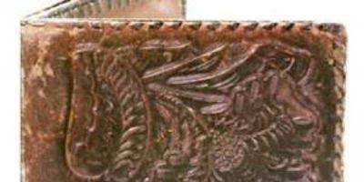 Antoine LeBlanc era un ladrón y homicida que en Morristown, Nueva Jersey, fue condenado a la horca. Su cuerpo fue diseccionado, su piel fue bronceada y se hicieron billeteras y monederos con él. Todo parecía una leyenda urbana, pero los historiadores locales comprobaron que era verdad. Foto:vía Museo de Morristown.