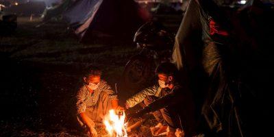 12. Los nepalíes han comenzado a cremar a sus familiares, víctimas de la tragedia. Foto:Getty Images