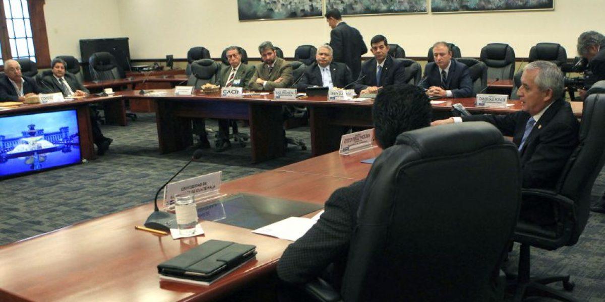 Foro Guatemala pide la declaración del patrimonio del Gabinete de Pérez