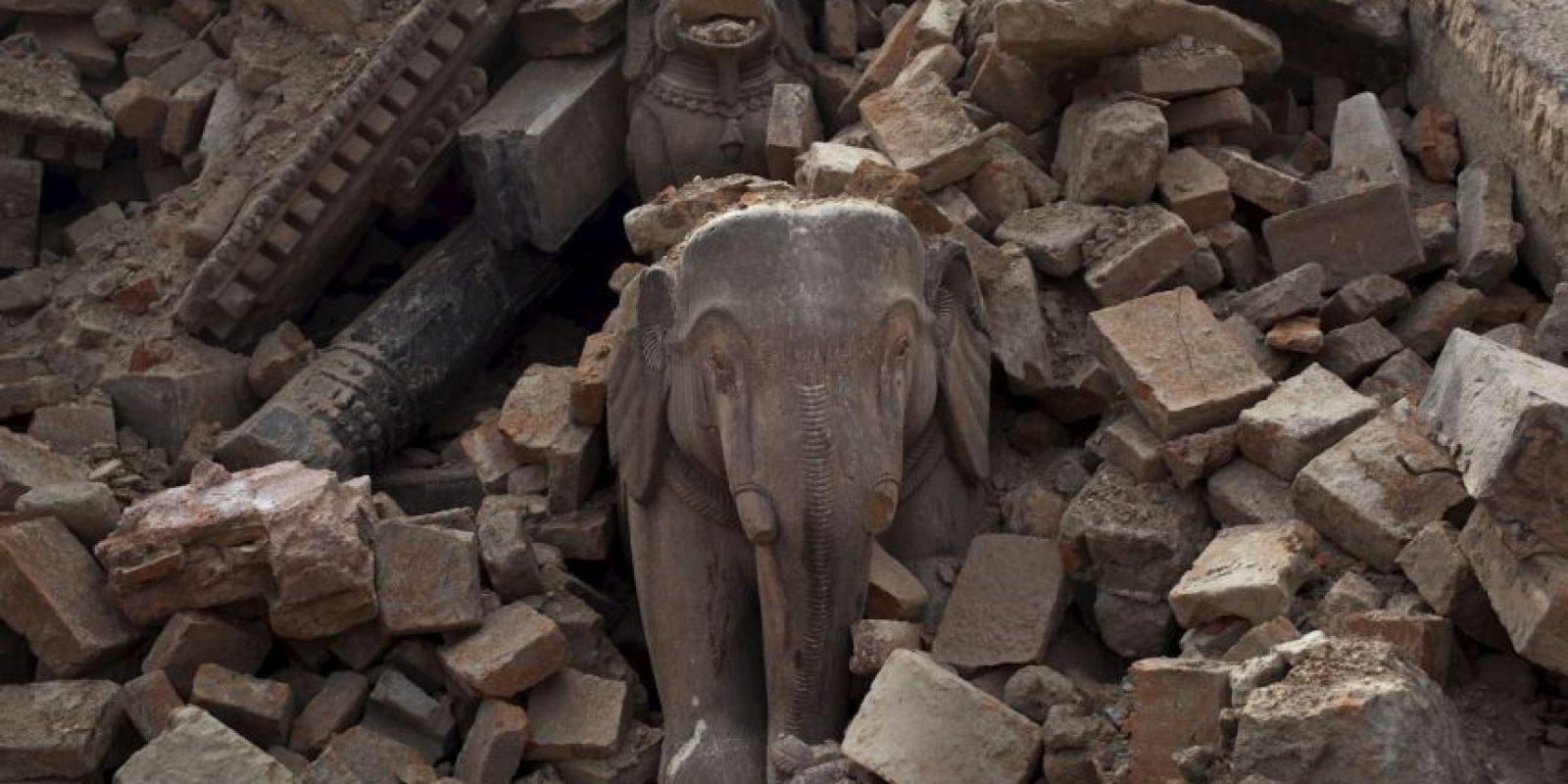 Muchos de los templos en los que se veneraban a los cuerpos anteriormente están destruidos. Foto:AP