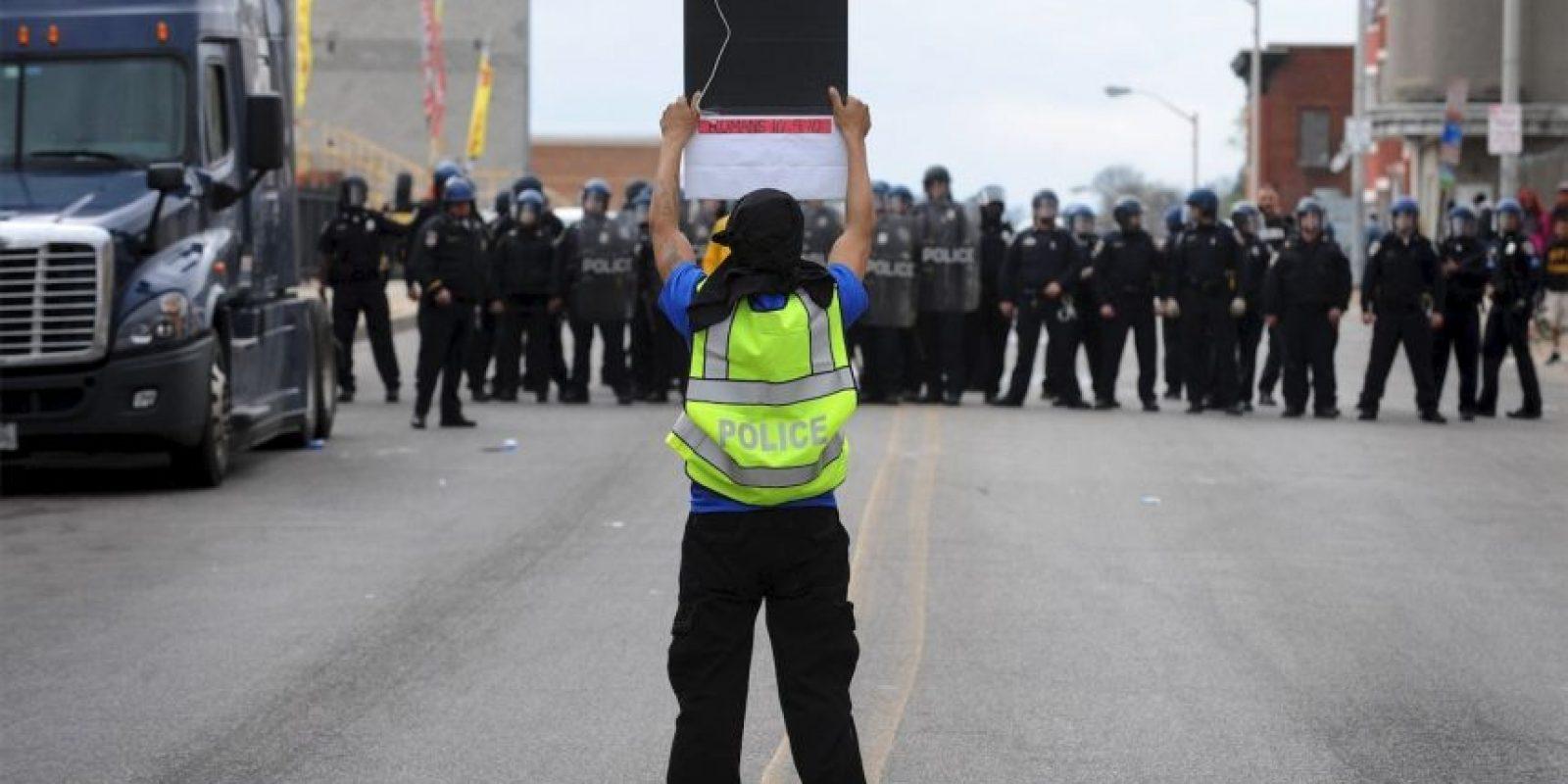 3. 500: Son los efectivos de la Guardia Nacional que hacen frente a las protestas en la ciudad. La Guardia Nacional. Esta fuerza de seguridad es una policía militarizada, usada en momentos especiales. Foto:AP