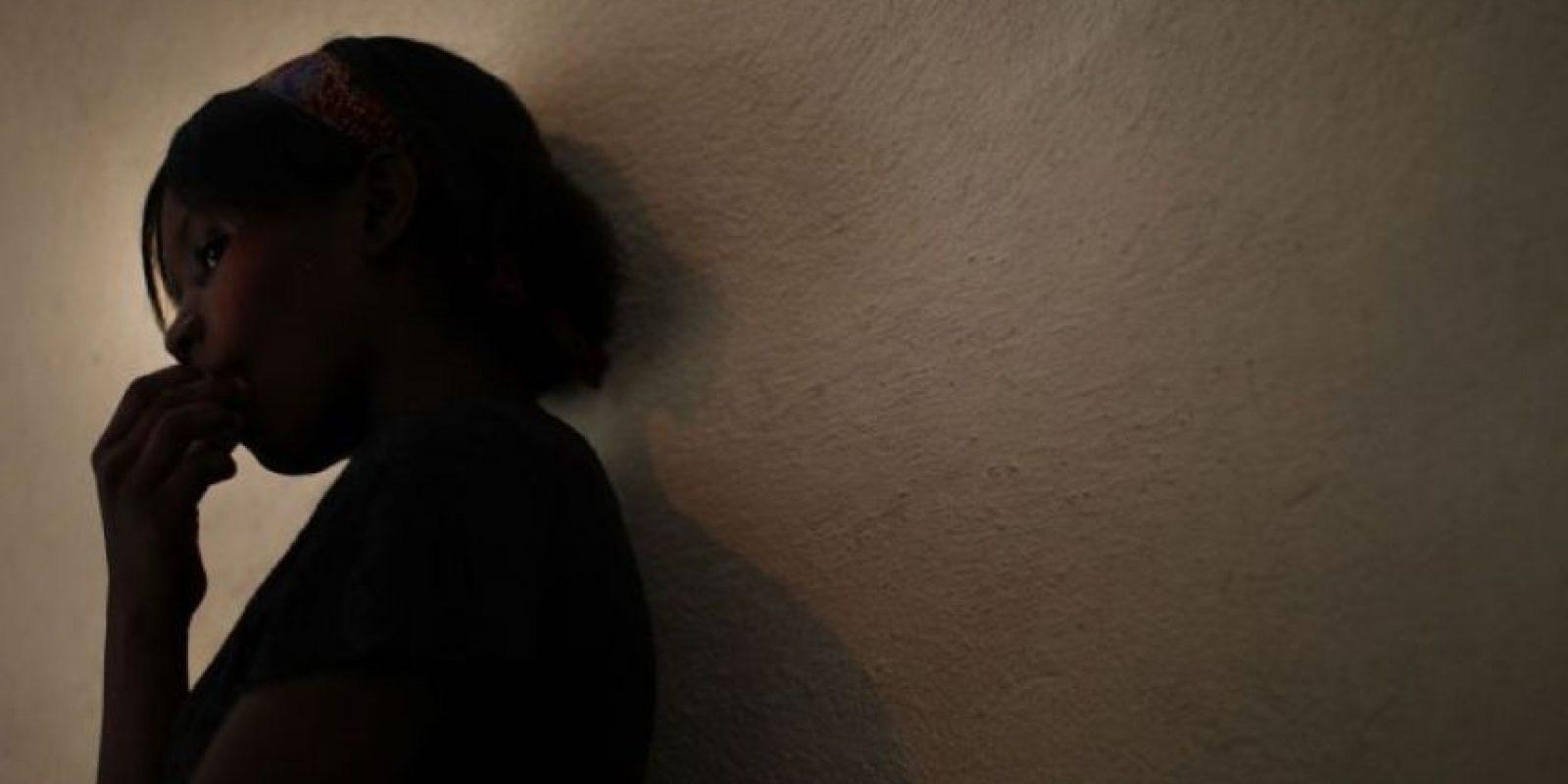 Son los actos que degradan o dañan el cuerpo y/o la sexualidad de la víctima y que por tanto atenta contra su libertad, dignidad e integridad física. Es una expresión de abuso de poder que implica la supremacía masculina sobre la mujer, al denigrarla y concebirla como objeto. Foto:vía Getty Images