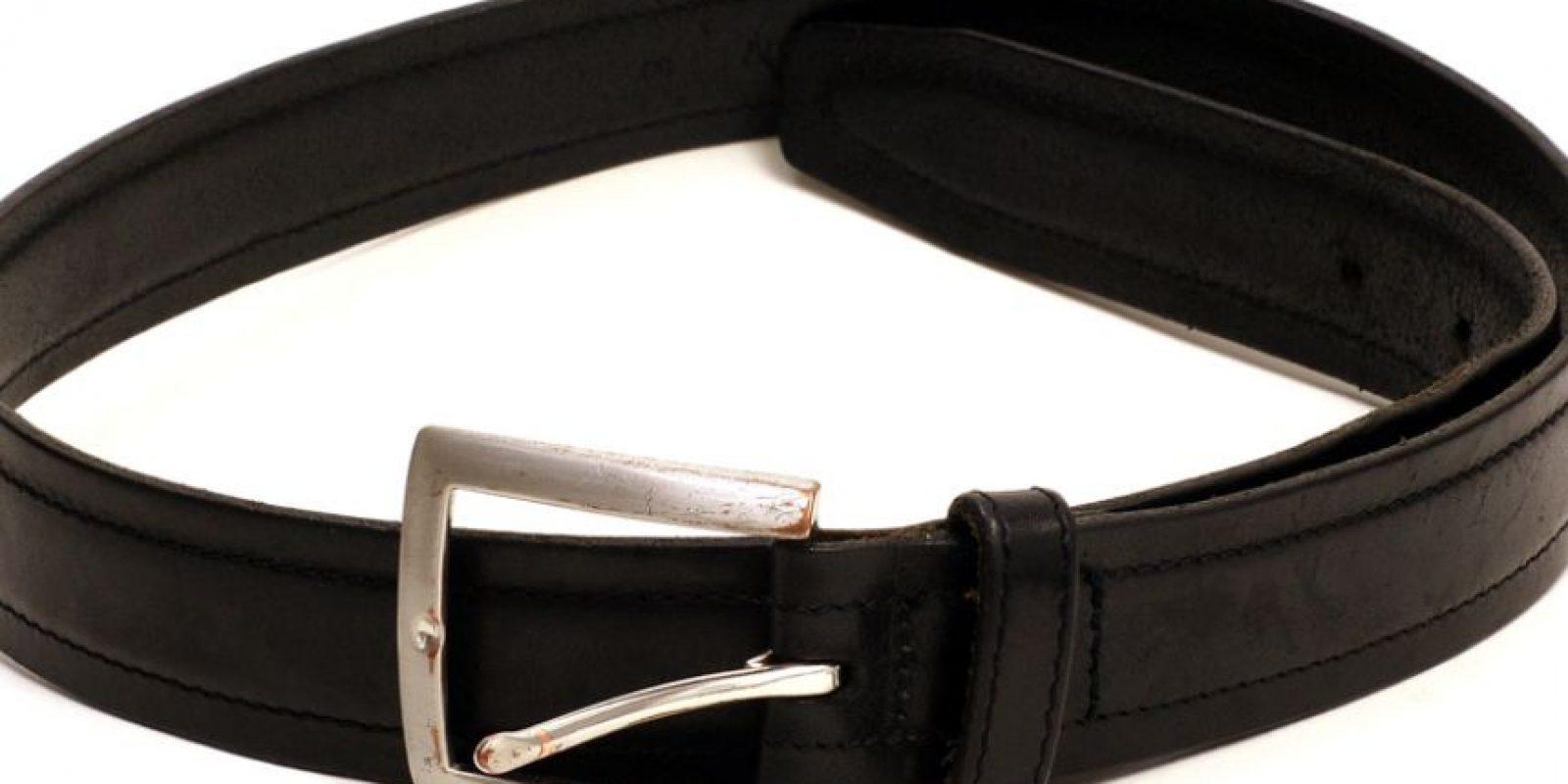Los cinturones, Human Leather también los fabrica en 15750 dólares