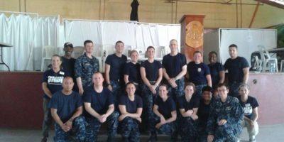 Médicos y miembros de la Fuerza Naval de EE. UU. atienden sin costo a miles de guatemaltecos