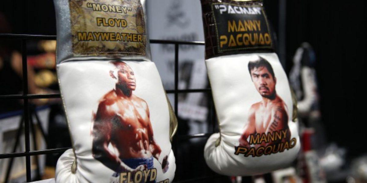 Coach de Manny Pacquiao desconfía de los guantes de Mayweather