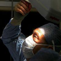 7. Los médicos deben hacer coincidir a los donantes con los beneficiarios para reducir el riesgo de rechazo del trasplante. Foto:Getty Images