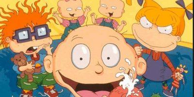 """Según la leyenda, Carlitos murió con su madre al nacer, Tommy nació muerto y por eso Angélica lo ve como un feto deforme y que la madre de Phil y Lily abortó y por eso Angélica los ve como dos bebes de distintos sexos. En """"Rugrats Crecidos"""", Angélica era esquizofrénica y adicta a las drogas y Susy, su psiquiatra, vendió la historia a Nickelodeon. Foto:vía Nickelodeon"""