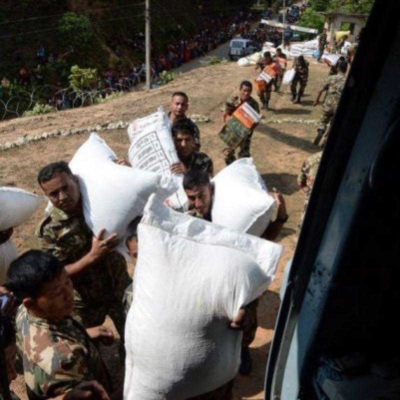 6. El ingreso anual promedio de una persona en Nepal es de US$707 y el país ocupó el puesto 145 de 187 en el Índice de Desarrollo Humano del PNUD 2014. Foto:AFP
