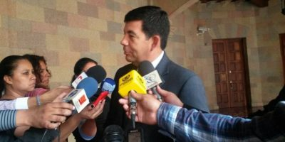 Q100 mil de recompensa por exsecretario de Baldetti