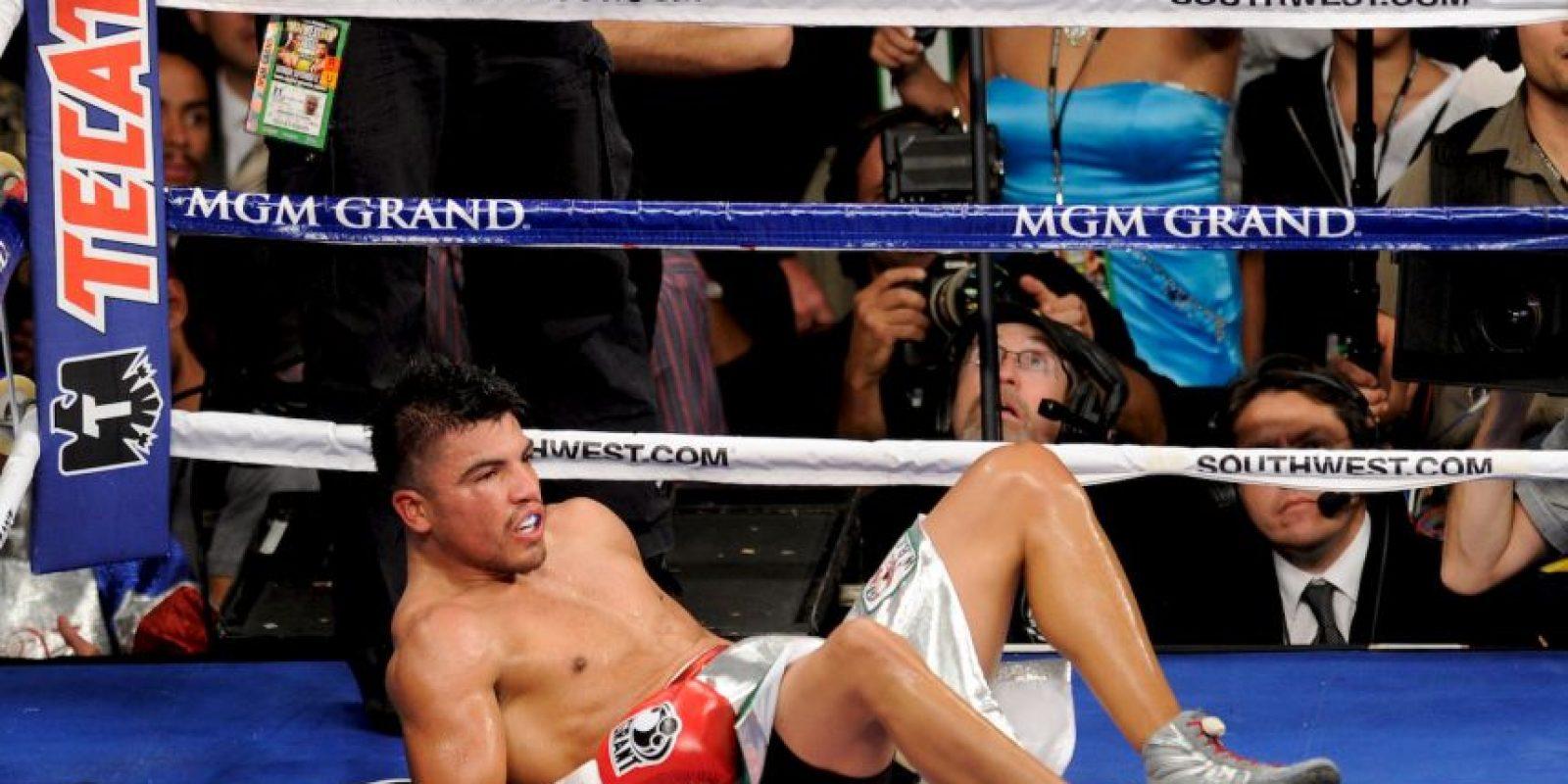 Su récord actual es de 37 peleas: 30 victorias (23 por nocaut), cinco derrotas y cinco empates. Foto:Getty Images
