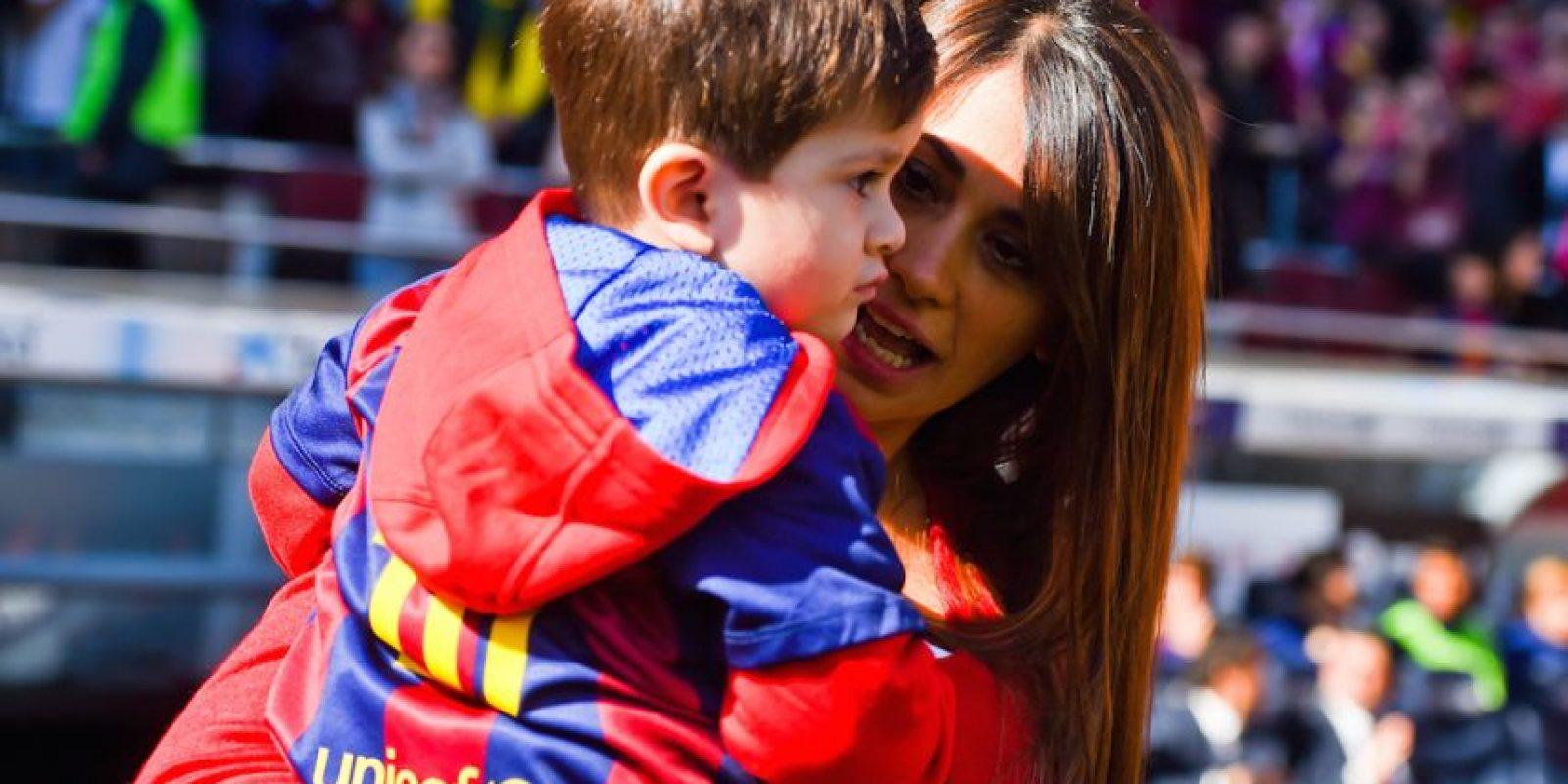Ellos se conocen desde la infancia por Lucas Scaglia, futbolista argentino que era el mejor amigo de Messi en su niñez, y primo de Antonella. Foto:Getty Images
