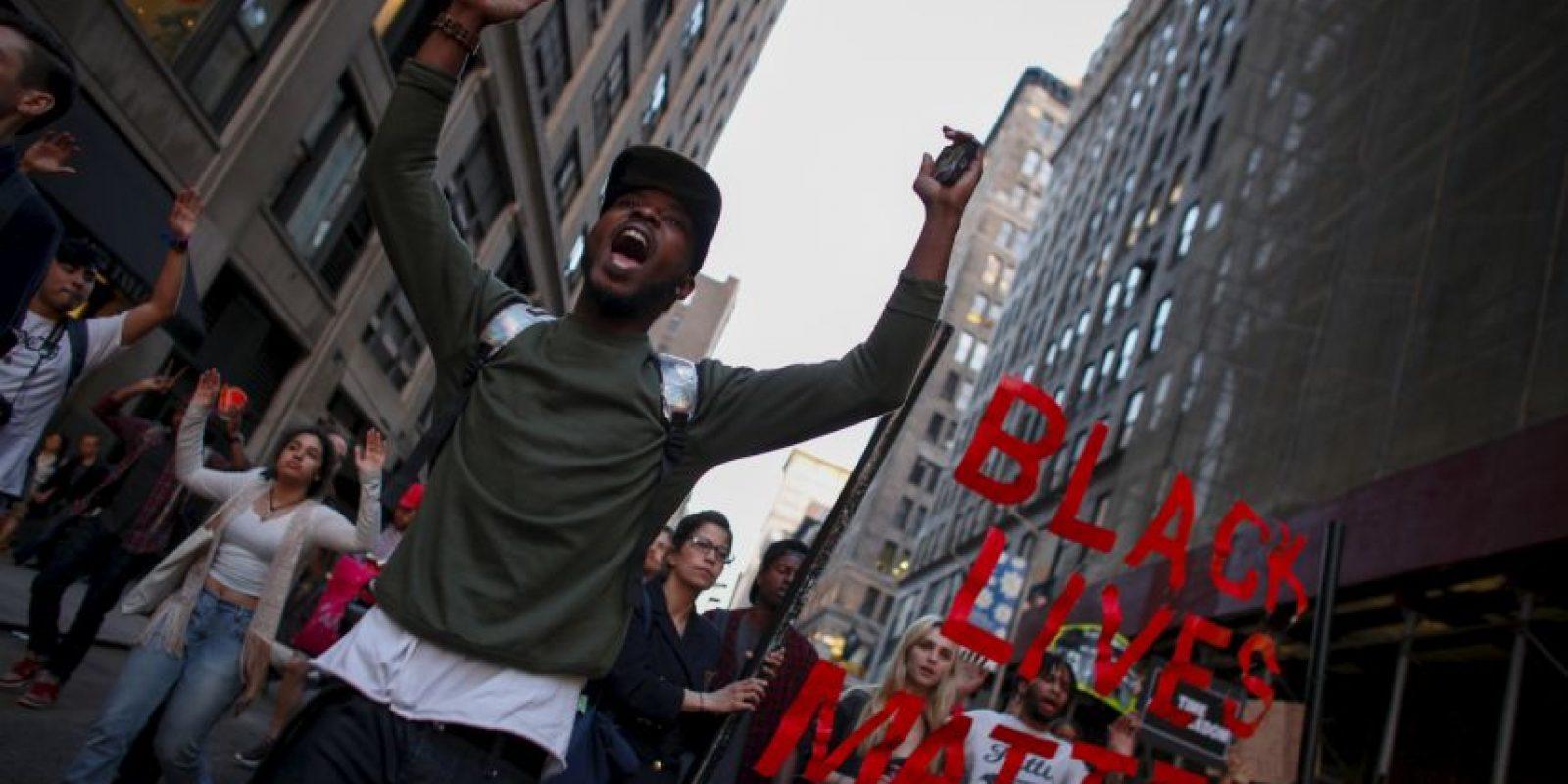 """""""La vida de la gente negra importa"""" era el lema que manifestaba la gente en Nueva York Foto:Getty Images"""