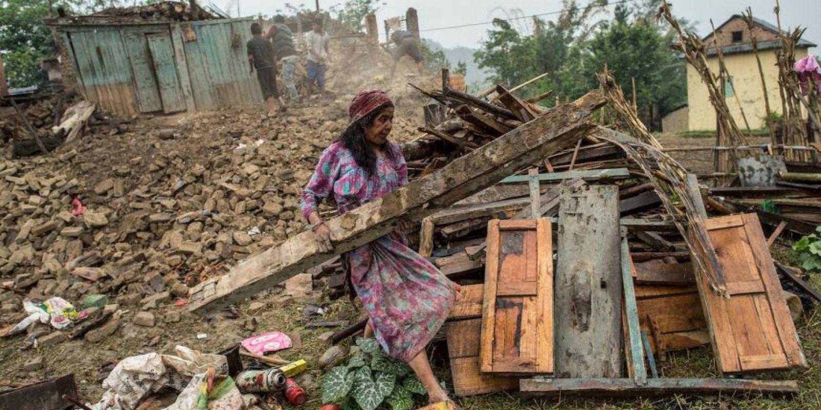 Muchos nepalíes residentes de las áreas montañosas aún esperan ayuda. Foto:Getty Images