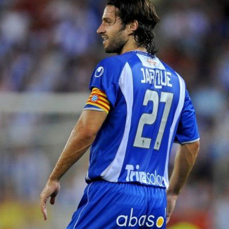 El futbolista español Dani Jarque no perdió la vida en la cancha, pero su muerte conmocionó a todo el mundo del fútbol. Foto:Getty Images
