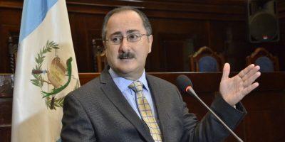 Expresidente del Congreso, Pedro Muadi, confirma su salida del PP