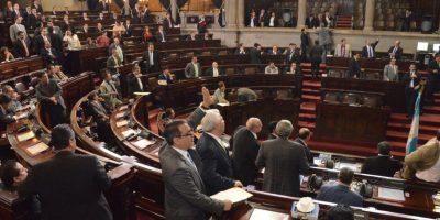 A los diputados que no asistan a sesiones les descontarán Q5 mil