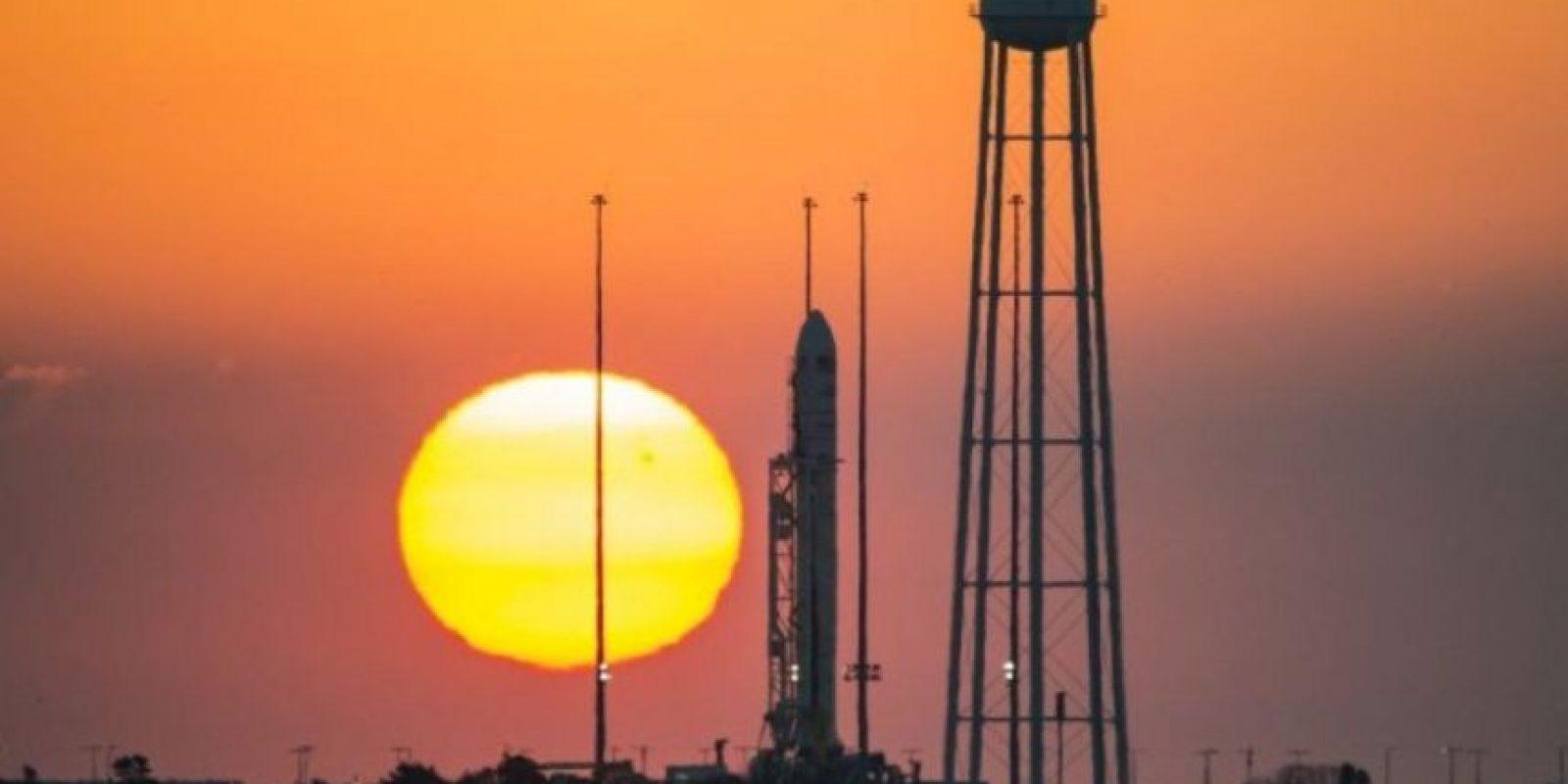 Antares entregaría a la Estación Espacial Internacional alimentos, herramientas y algunos experimentos. Foto:AFP