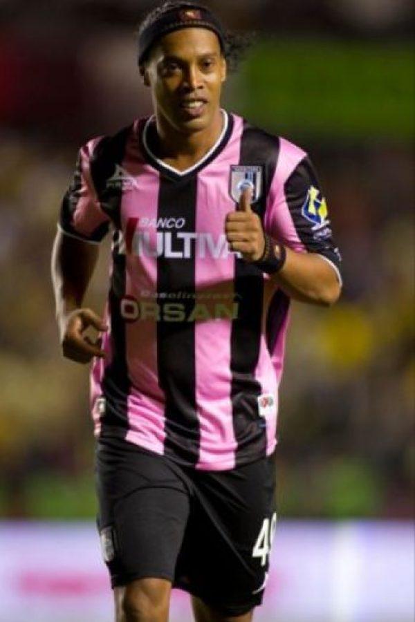 Dinho tiene 35 años Foto:Facebook: Ronaldinho Gaúcho