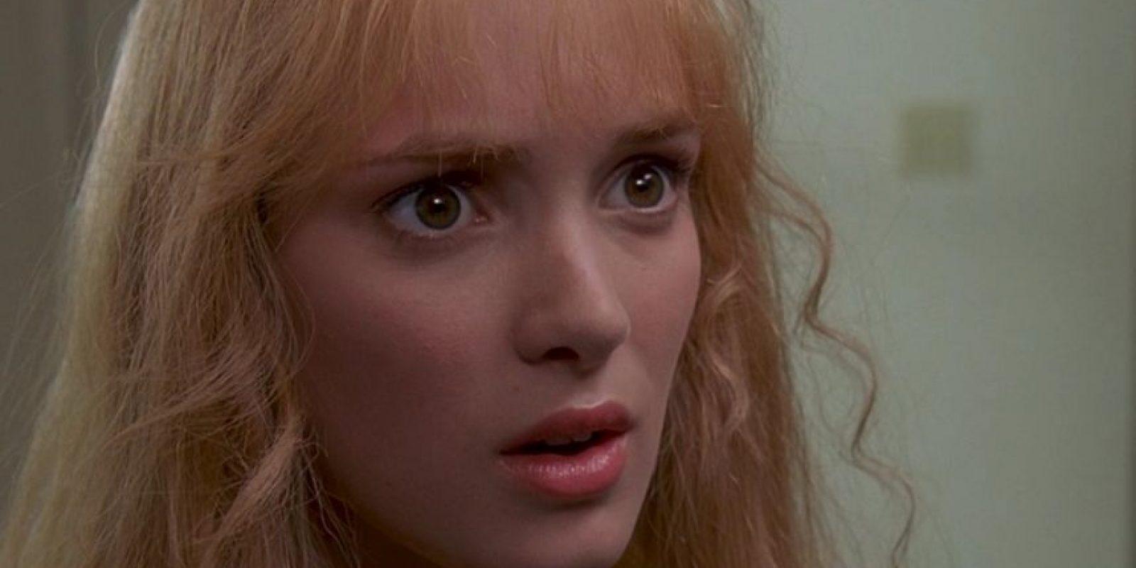 """Winona Ryder era """"Kim Boggs"""", frágil adolescente que se enamora de """"Edward"""" y finge su muerte para protegerle. Foto:vía 20th Century Fox"""