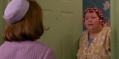 """Conchata Ferrell era """"Helen"""", una de las chismosas vecinas del vecindario en el que vivía """"Pegg"""" con su familia. Foto:vía 20th Century Fox"""