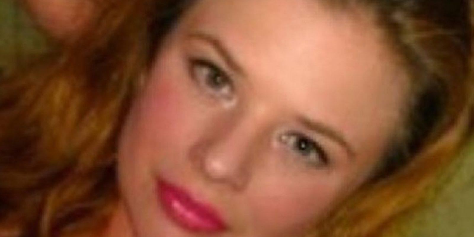 Rachelle Gendron se acostó con un estudiante de 14 años, le enviaba fotos desnuda. Foto:vía Facebook